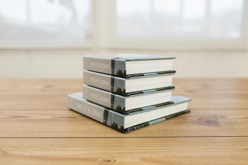 001-coffee_table_book_E-J_Henrik_Mill