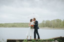 Regn på bröllopet, Paraply, Rainy, Wedding, Fotograf Henrik Mill
