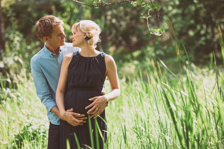 Mikaela och Johan gravidfoto 2014