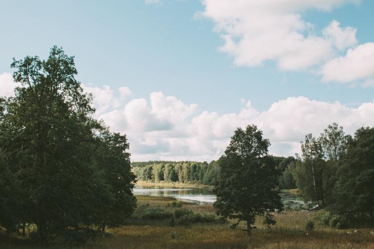 Sjön vid Färna herrgård Västmanland