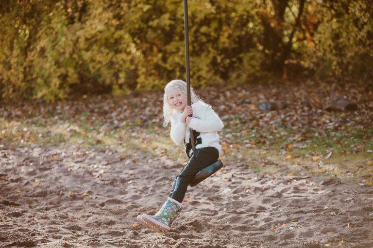 016-daniel-lina-familjefotografering-v-ster-s-stockholm