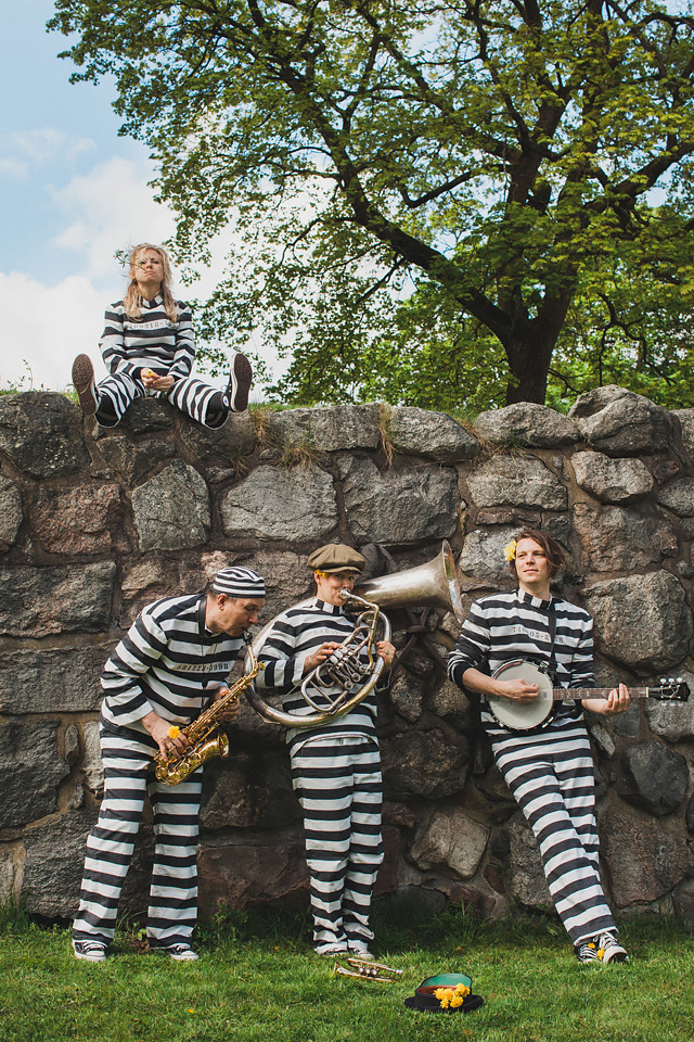 Västmanlands teater Släpp fångarna loss det är vår 2015