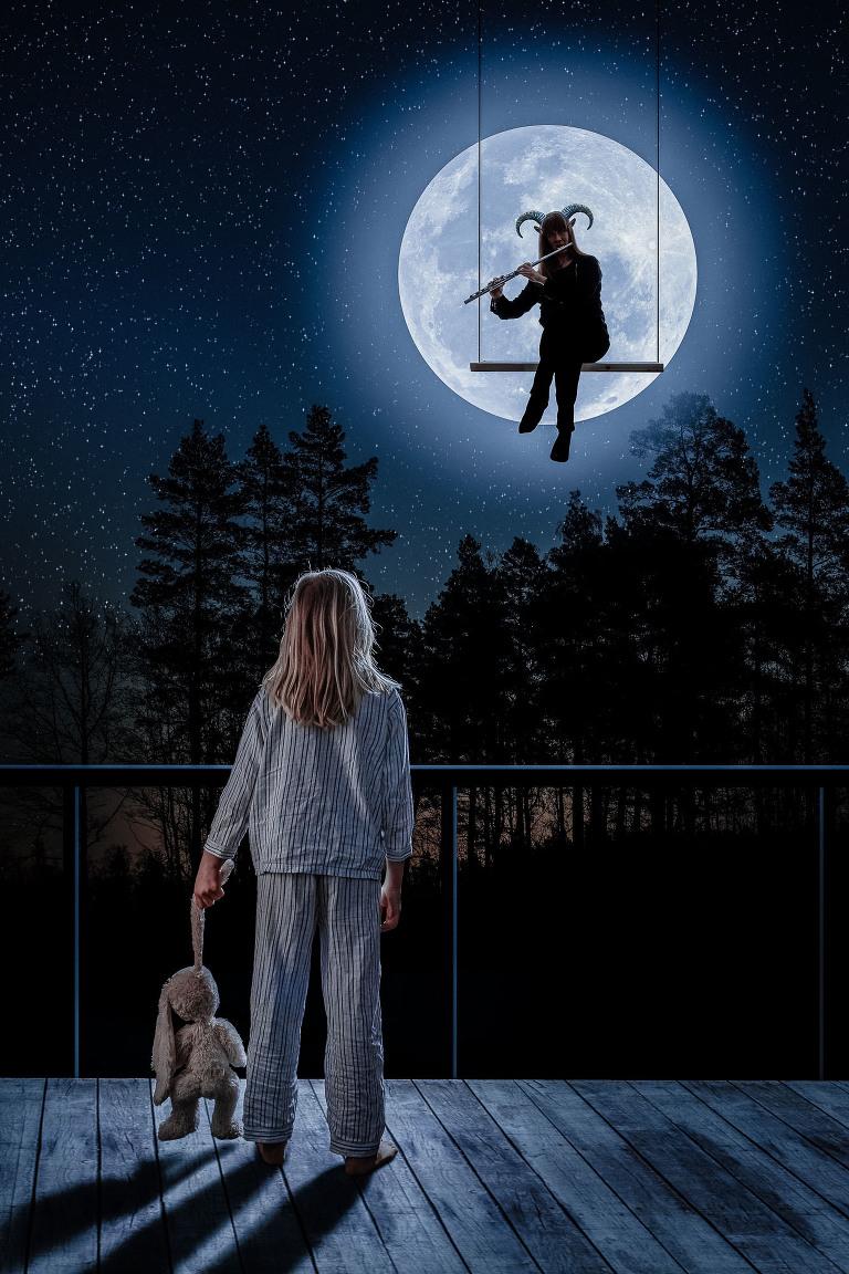 Bild till föreställning opera teater fotograf Henrik Mill. E.T. inspirerad