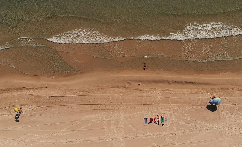 Perfect Beach Spanien drönare beach strand hav Medelhavet Spanien Foto